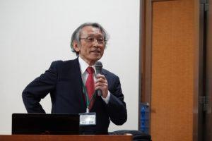 常務理事の生田図南先生